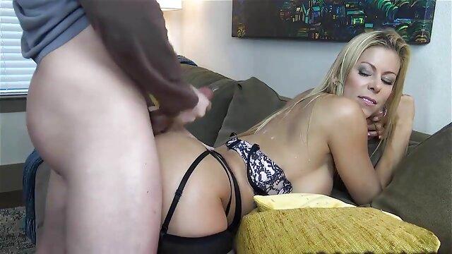 خصوصی, ریخته گری X-اسپرانزا دل Horno-دختر, را بدست آورده 10k یورو با فیلم های سکسی برازرس بیدمشک او